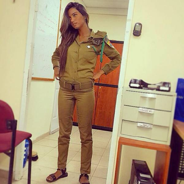 israeli_army_girls_that_are_real_beauties_in_uniform_640_08