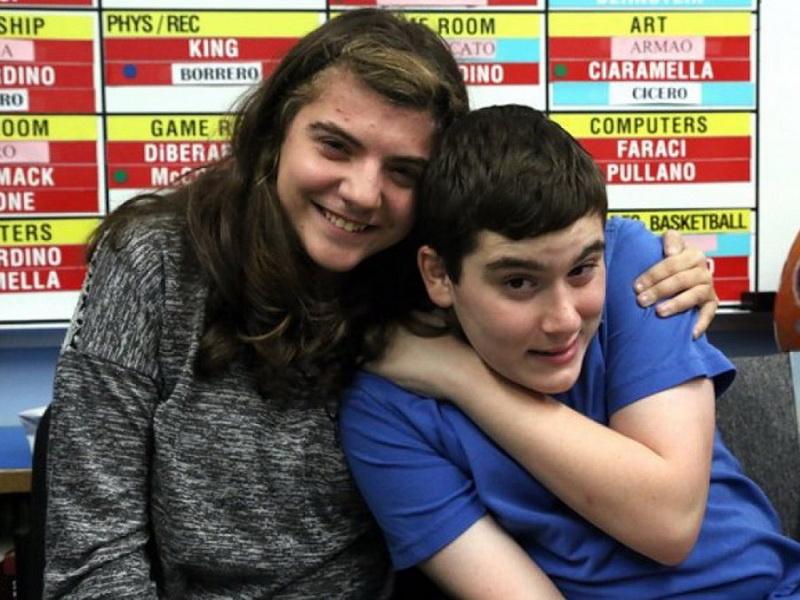 Подросток-аутист спас от смерти одноклассницу. И всё благодаря одному очень известному мультику!