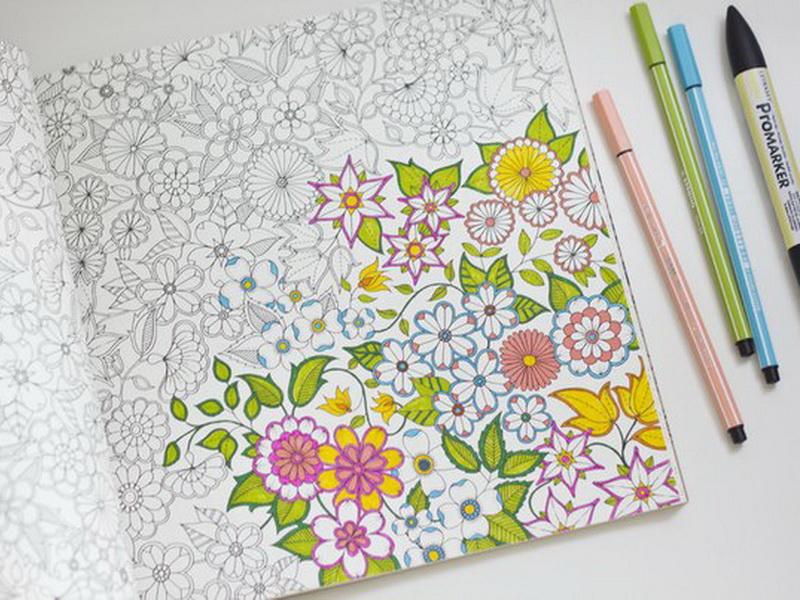 Боремся со стрессом: 15 чудесных раскрасок для взрослых