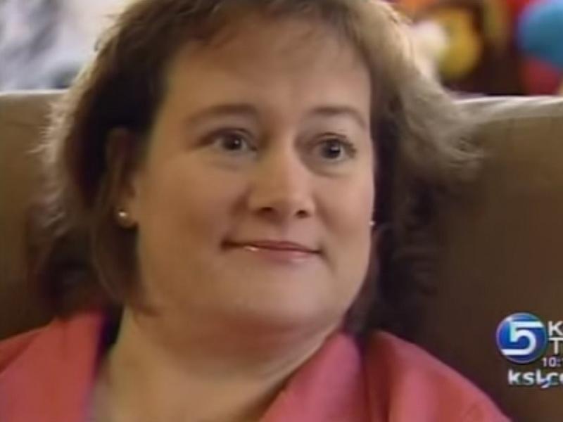Доктора считали, что нужно дать ей умереть. Но тут медсестра посмотрела ей в глаза…
