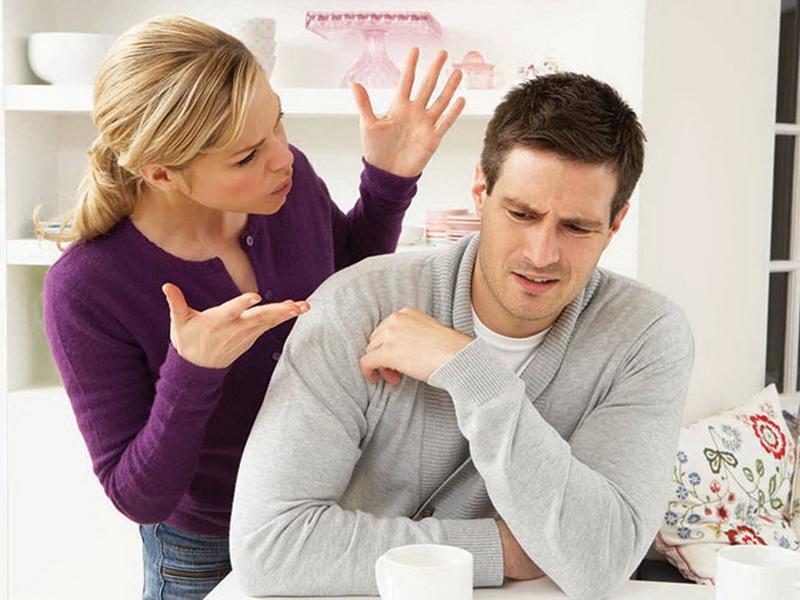 Молодая жена попросила мужа отказаться от своих хобби. И знаете, что он ей ответил?