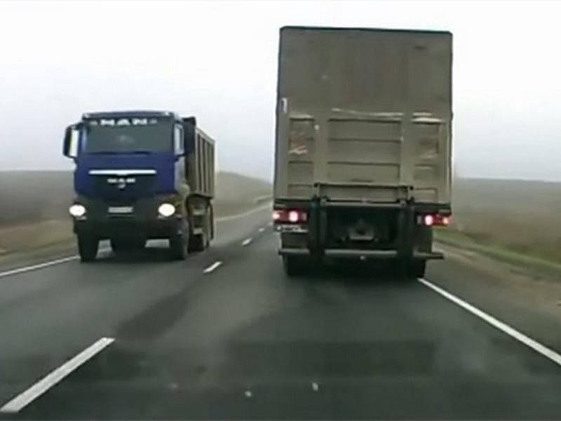 Эти подсказки дальнобойщиков могут спасти жизнь на дороге!