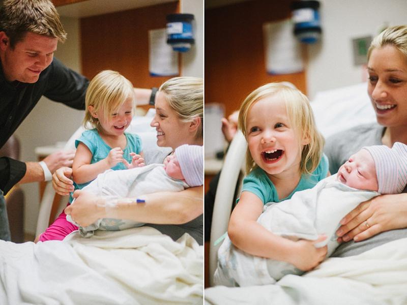 Встреча деток с новорожденными братиками и сестричками