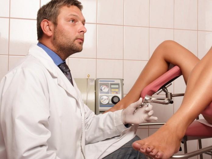 мужчина на приеме у гинеколога фото