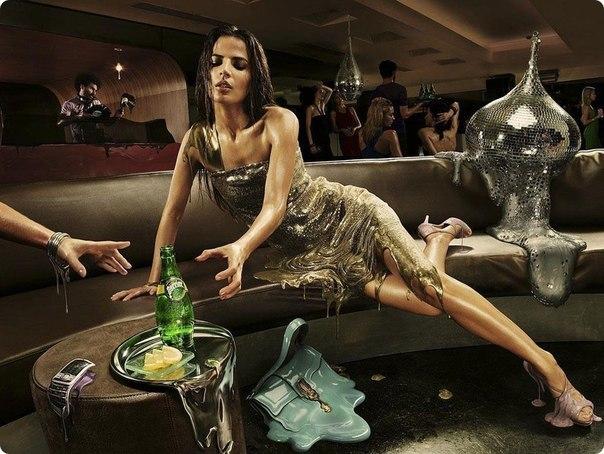 Пьяная девушка должна…