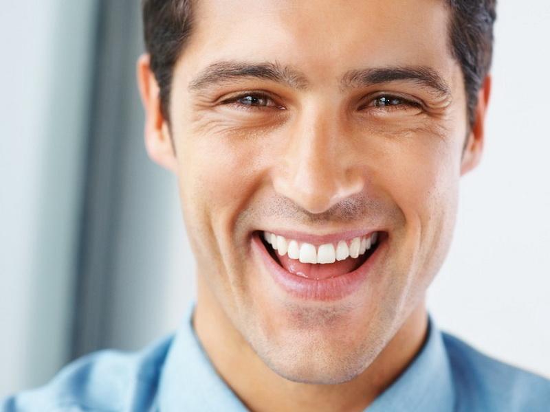 Стоматологу вручили подарок. Он обрадовался, а затем задумался…