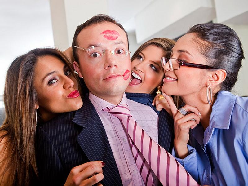 Особенности работы в женском коллективе глазами мужчины