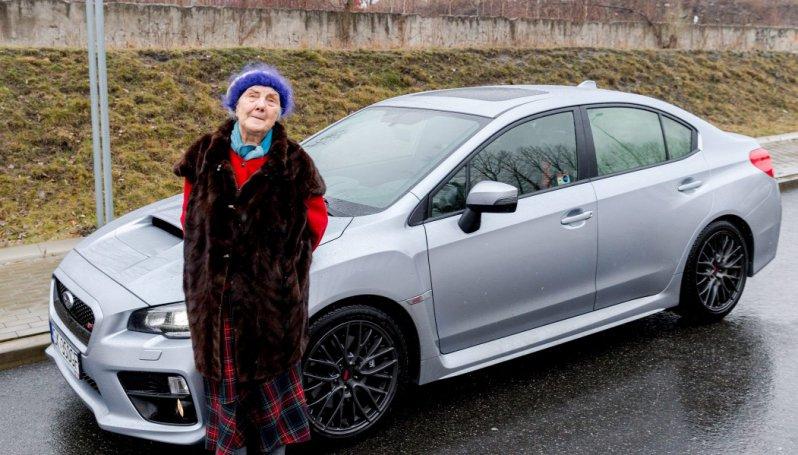 Польская пенсионерка купила себе Subaru WRX STI