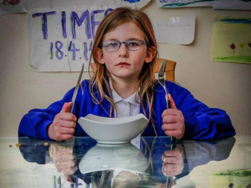 Эта девочка страдает от заболевания, у которого даже нет названия!
