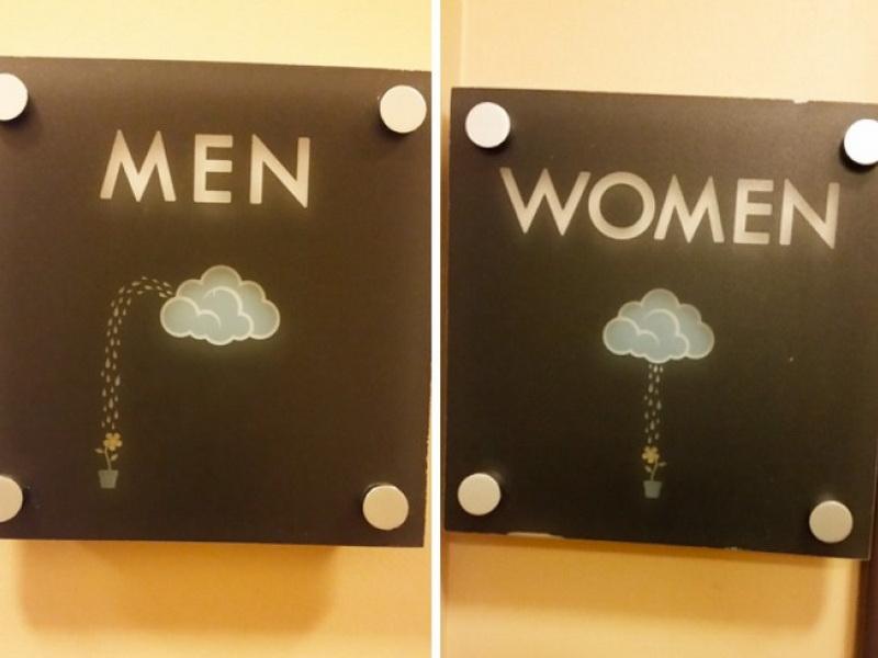 Необычные туалетные указатели, которые можно увидеть в разных странах