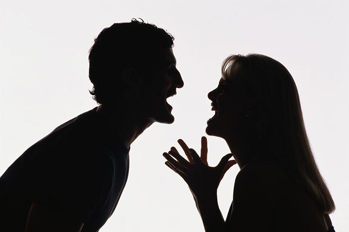Муж и жена решили не разговаривать друг с другом. Но потом случилось ЭТО.