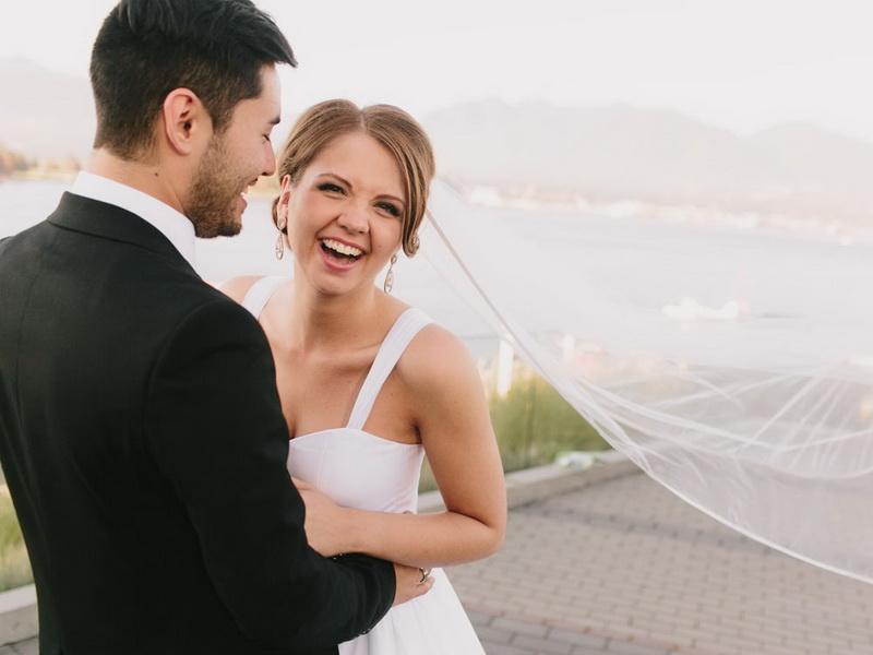 Невеста сделала лучший подарок своему отцу. Концовка – блеск!