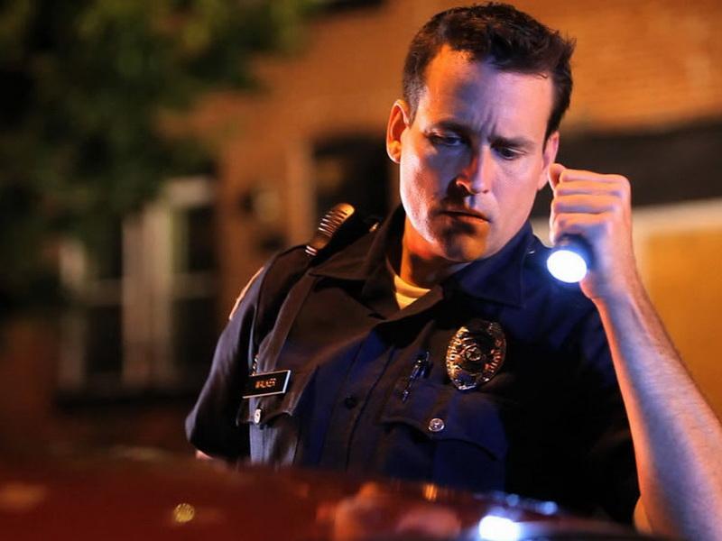Мужчина неаккуратно водил, и вот ЧТО случилось, когда его остановила полиция!