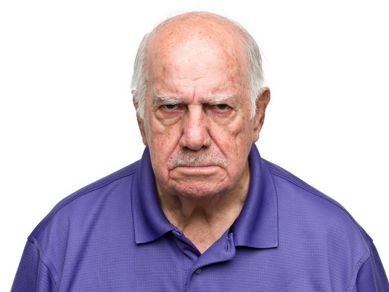 Старик попал в Рай и спустя 10 минут начал возмущаться. Угадайте, кто виноват?