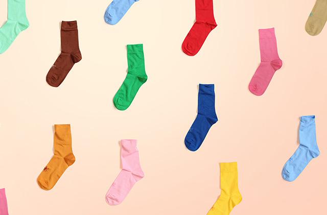 Муж разбрасывал носки по всему дому, и жена нашла способ это исправить