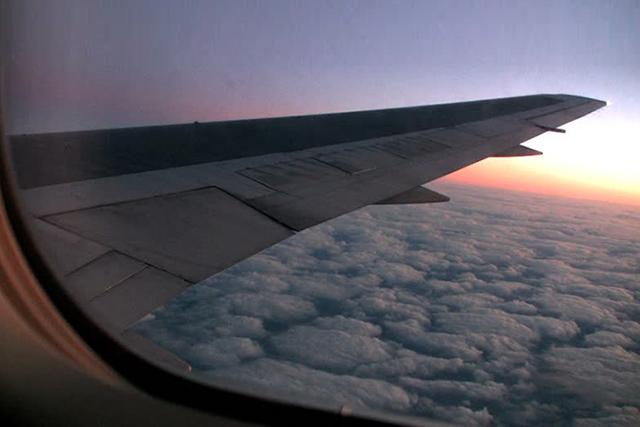 Смешнейший неловкий случай на борту самолета с неработающим экраном