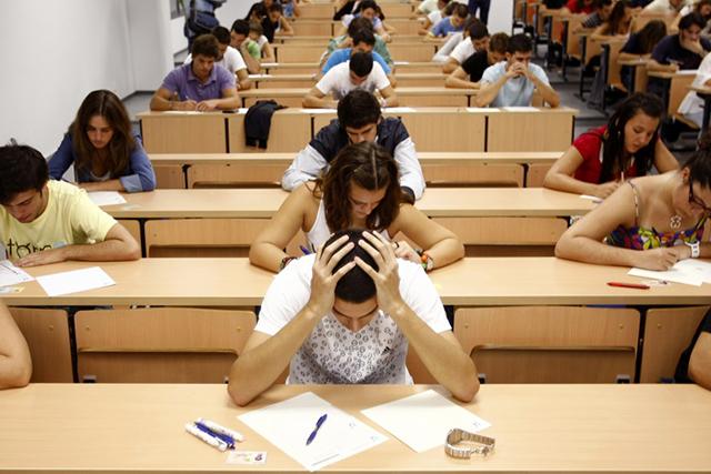 Студент-технарь, обычно отвечающий на экзамене сразу, поразил всех творческим подходом