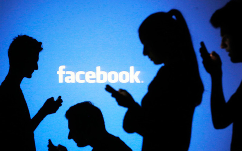 Она приняла заявку о дружбе от незнакомца в Facebook, но никогда не ожидала, что произойдет дальше. Это просто необходимо прочитать!