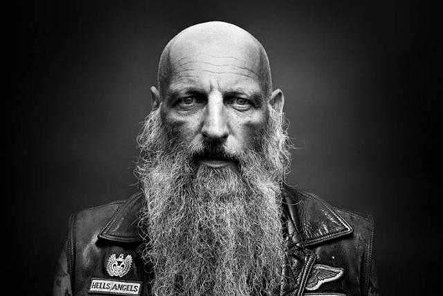 Невероятно милый поступок бородатого байкера сделал день всем окружающим