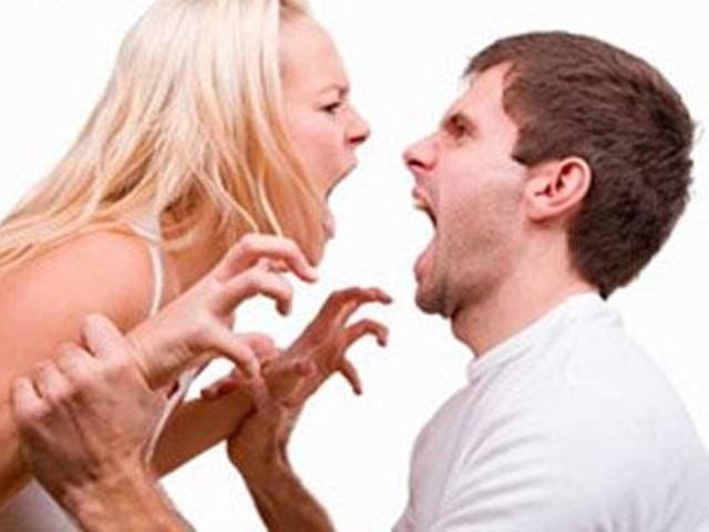 Жена говорит мужу, что она уходит от него, чтобы стать проституткой. Но его ответ — это гениально!