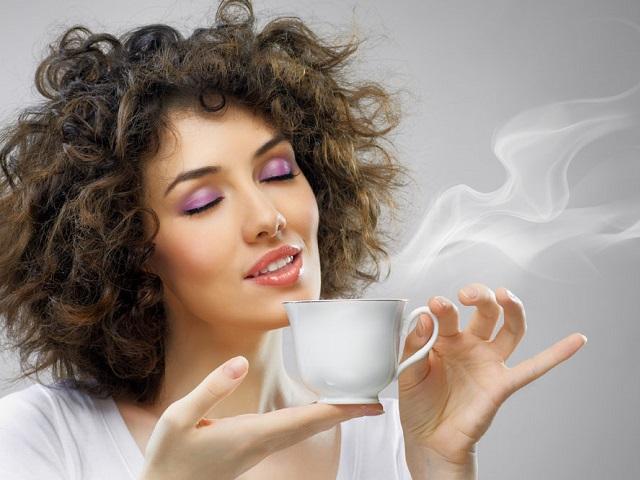 Он обнаружил, что чай является более опасным, чем пиво. Что заставило его так думать – шок!