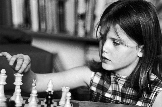 Этот смешнейший шахматный поединок вошел в историю Дня города