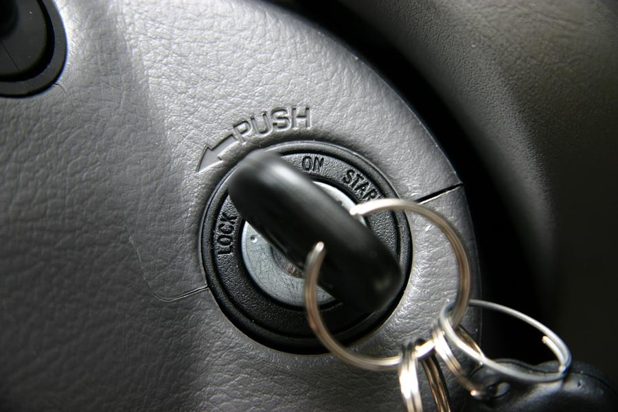 Она боялась сказать мужу, что ее автомобиль украли. Но никогда не ожидала такого ответа!