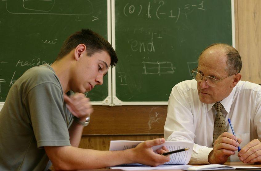 Профессор думал, что сможет ответить на этот вопрос. Но студент застал его врасплох!