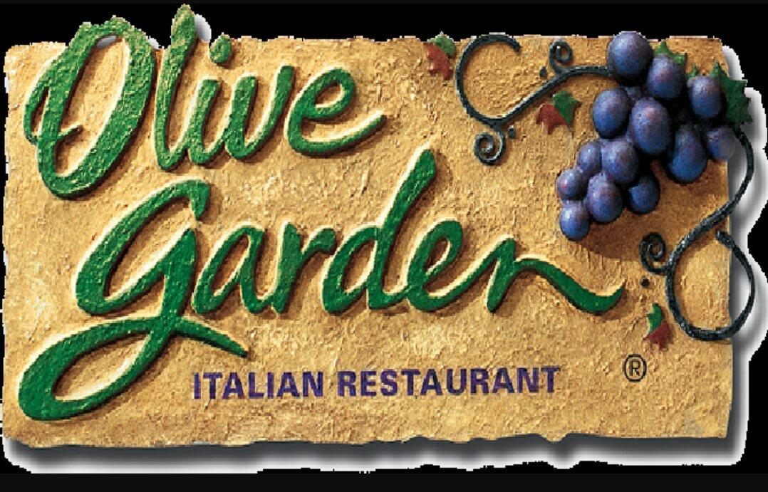 Его бабушку спросили, что ей понравилось в Olive Garden. Ее ответ развеселил всех вокруг!