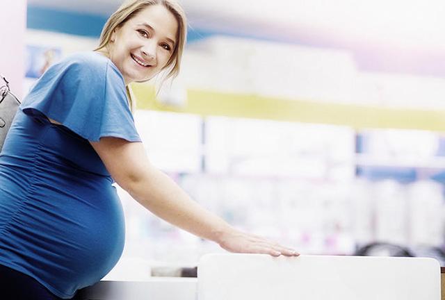 Новоиспеченная мама, слушая рассказ медсестры, не сдержала улыбки, ведь…