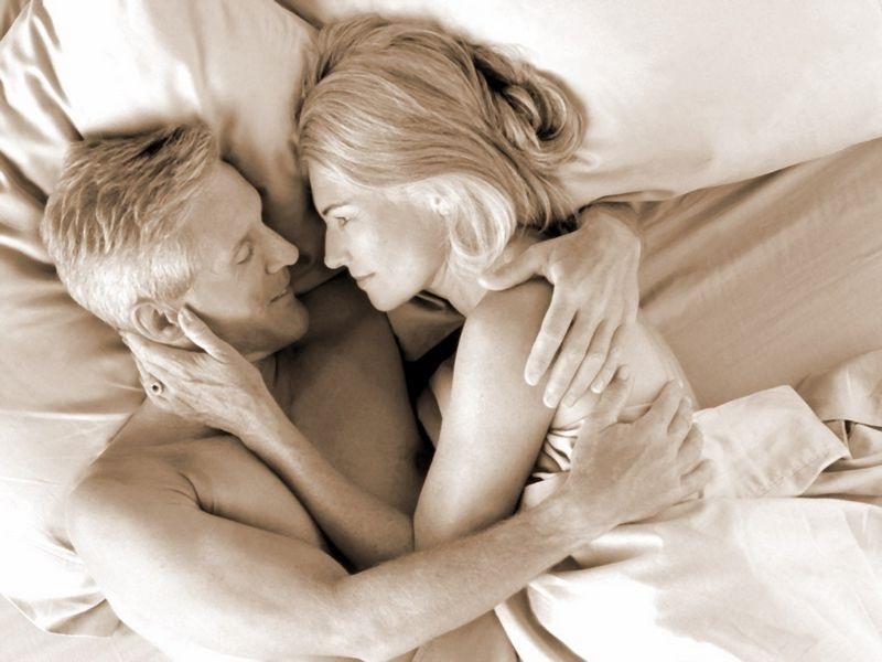 Мужчина начинает принимать Виагру, чтобы улучшить свои романтические отношения. Но его жена не рассчитывала на это!