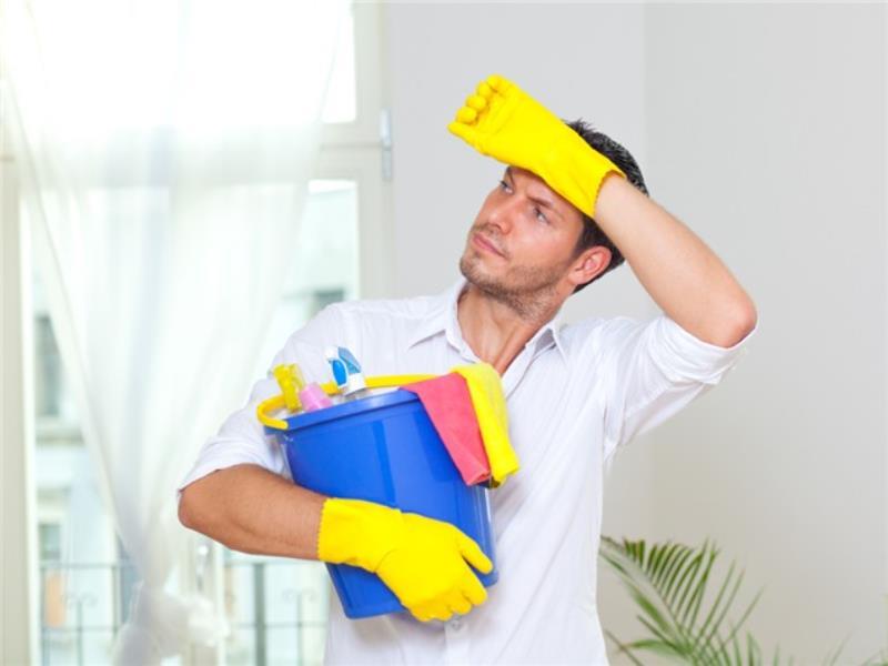Его жена была очень больна, и ему пришлось делать все домашние дела. Но то, что он сказал потом – бесценно!