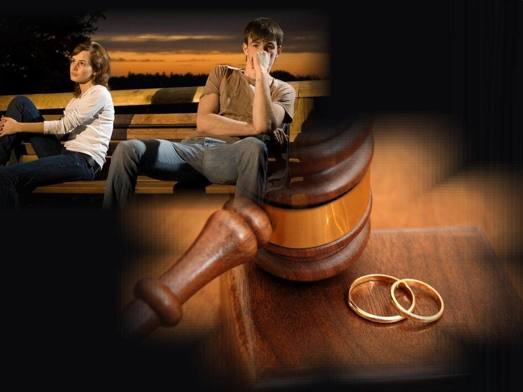 Он смеялся ей в лицо, передавая документы на развод, когда настала ее очередь получить диплом. Но решение суда – бесценно!