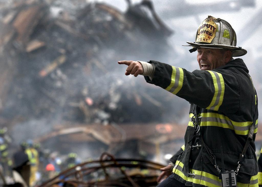 Они тушили пожар, который вспыхнул в больнице. Но то, что произошло после – шок!