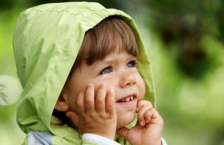 Мальчик громко кричал, зовя свою маму. Но то, что он ей сказал, когда нашел ее – уморительно!