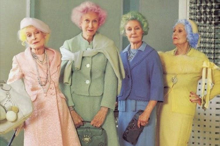 Три пожилые дамы утверждали, что они могут угадать возраст старика. То как они это сделали – весело!