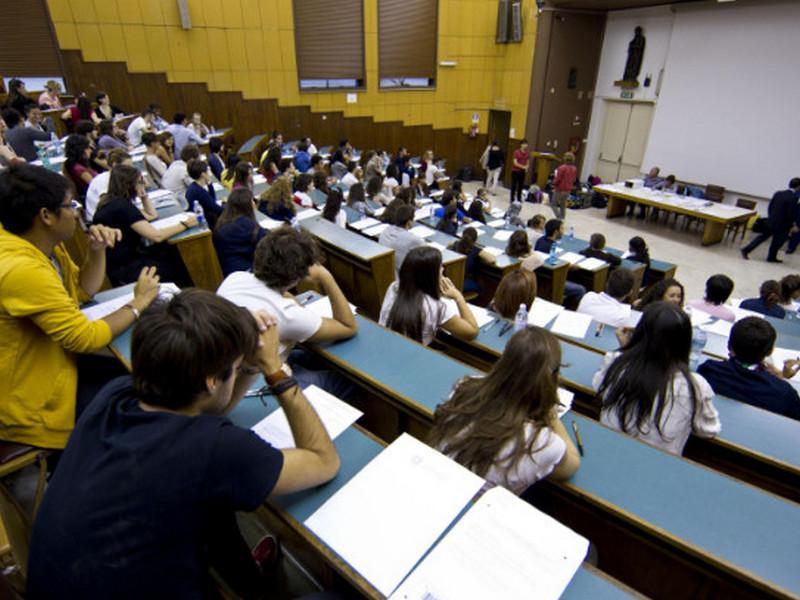 Студенты сидели на лекции и не подозревали, кто появится в дверях!