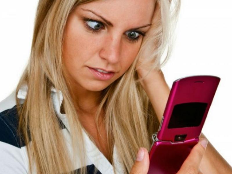 Жена попросила мужа в СМС купить курицу. Она и представить не могла, что получит ТАКОЙ ответ!