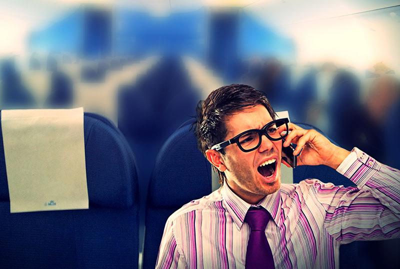 Этот мужчина в первом классе начал грубить стюардессе. Но то, что произошло после этого – восхитительно!