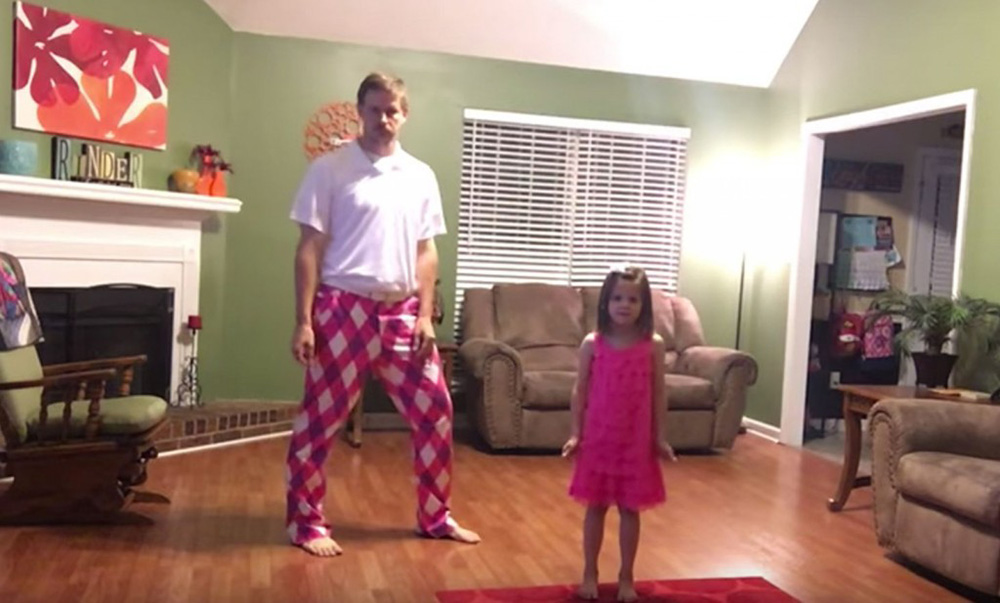 Пока мамы нет дома, папа и дочь записывают свой потрясающий танец под песню «Can not Stop the Feeling»!