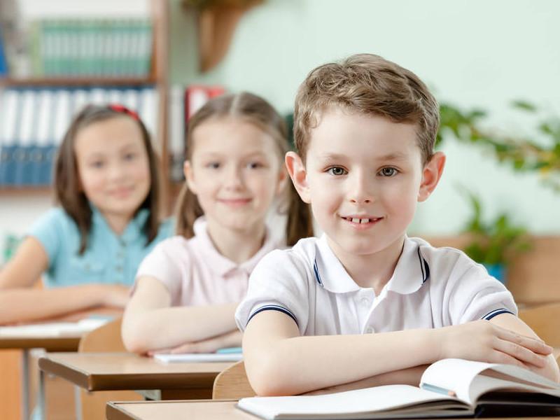Дети спорили, что на свете быстрее всего.. То, что сказал Вовочка — невероятно!