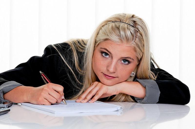Мать-блондинка написала письмо своей дочери-блондинке. Это стоит прочитать!