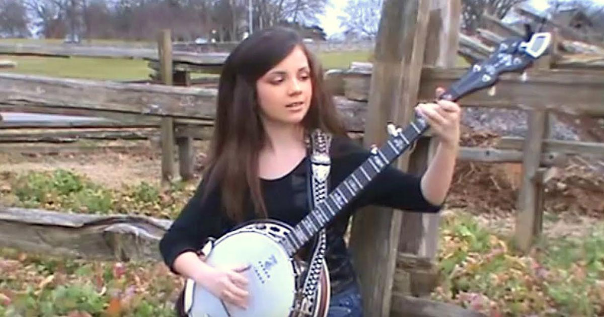 Одиннадцатилетняя девочка садится играть на банджо. Миллионы влюбляются в ее талант!