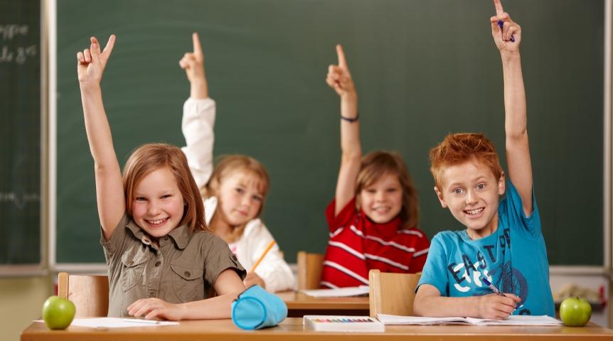 Учительница дала домашнее задание своим ученикам. Эта девочка справилась с ним на отлично!