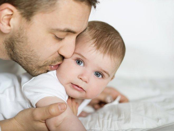 Его бывшая подруга позвонила ему после нескольких месяцев молчания, и сказала, что она рожает. Но он никогда не знал, что он это сделает!
