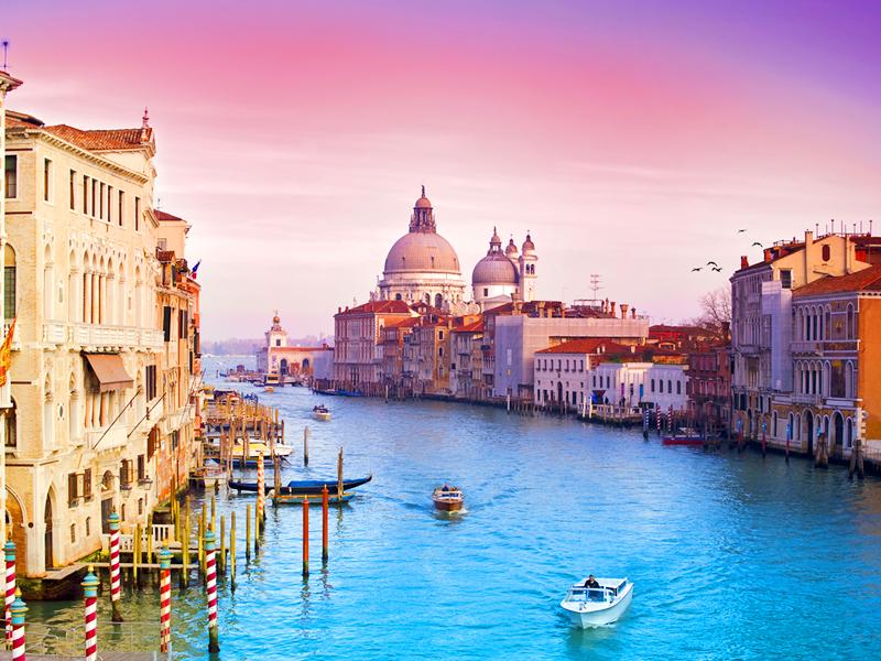 Этот мужчина шутил, когда просил свою жену, чтобы она привезла ему из Италии итальянскую девчонку. Но то, что она сказала, когда вернулась – золото!