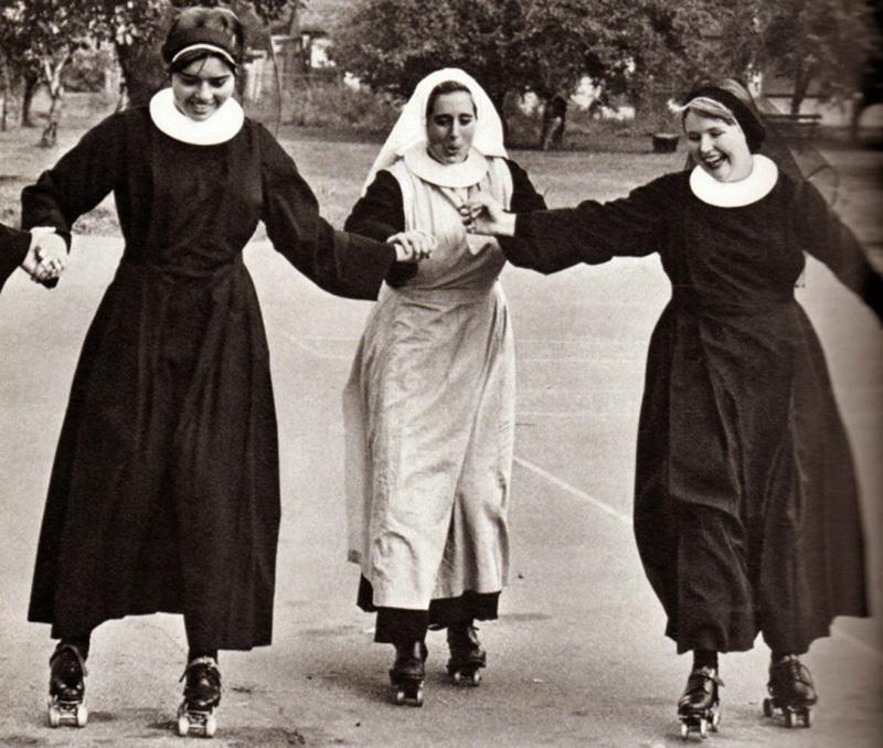 Три монахини пошли на исповедь, и это не то, что вы ожидаете!
