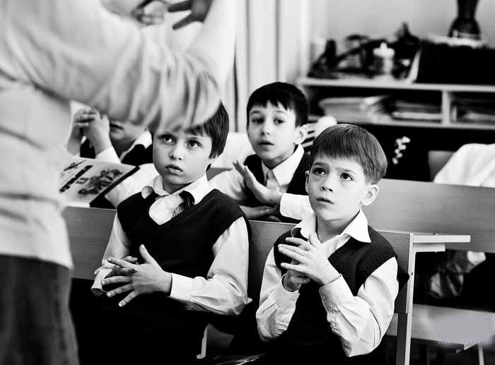 Учитель обеспокоен лексиконом своего ученика. Но то, что говорит мальчик – шок!