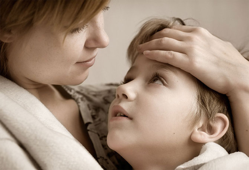 Она не была уверена, почему ее одиннадцатилетний сын был грустным и мрачным после школы. Но она плакала, когда он сказал ей это!