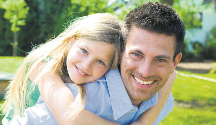 Когда он узнал, что его дочь на самом деле не его родной ребенок, он отреагировал так, как никто не ожидал от него. Это золото!
